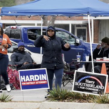Early voting is slow