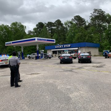 One person dead after shooting at convenience store in Raeford
