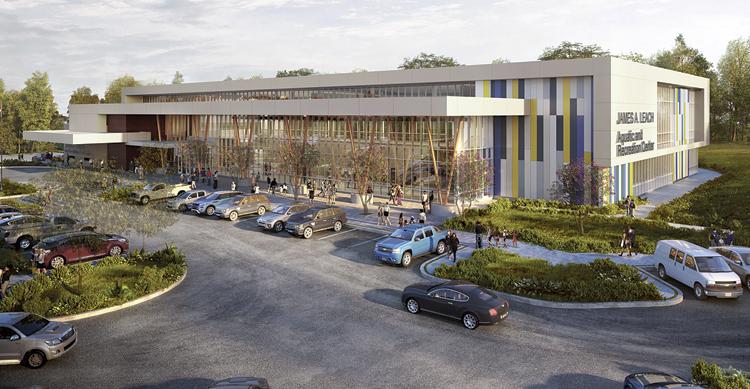 Aquatic & recreation center named for Leach