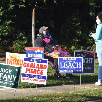 Polls remain open until 7:30 p.m. then News-Journal posts Hoke election results