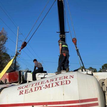 Accident involving cement mixer kills one person